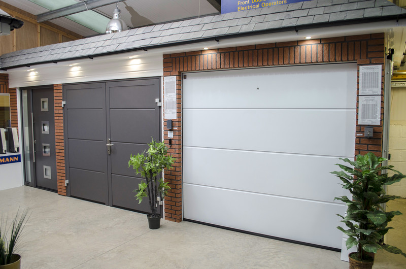 ... Image 2 For Express Garage Doors Limited ...